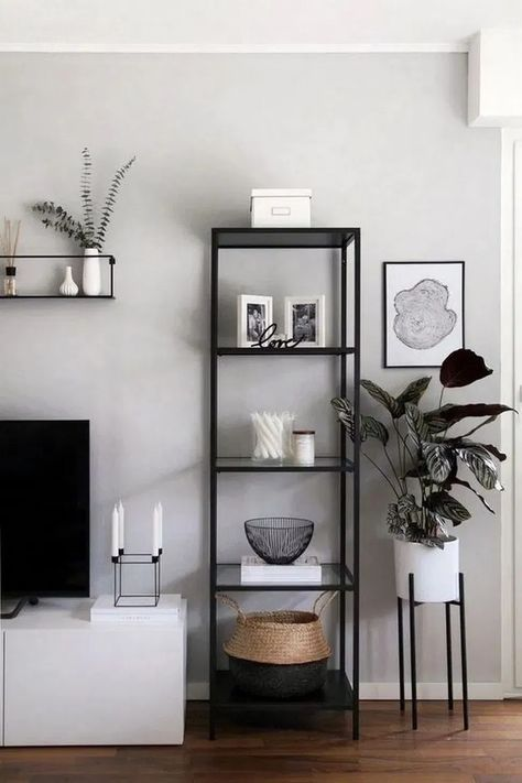 42+different ways to style floating shelves 19#homedecor #homedecoration #homedecorideas   | megasiana.com