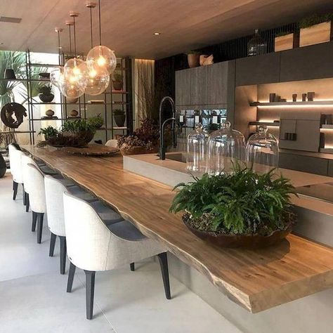 "lalla on Instagram: ""Inspiration...belle cuisine familiale.  #decorations  #cuisinefamille #decostyles #designdeco #cosyhome #repas #interiordesign #instalike…"""