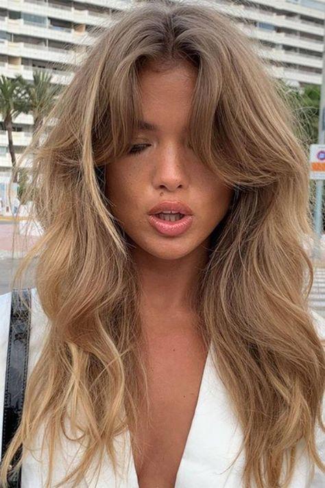 Haircuts For Wavy Hair, Long Hair With Bangs, Hairstyles With Bangs, Long Hair Fringe, Haircut Long Hair, Bang Haircuts, Blonde Hair With Fringe, Side Fringe Hairstyles, Haircut Bangs
