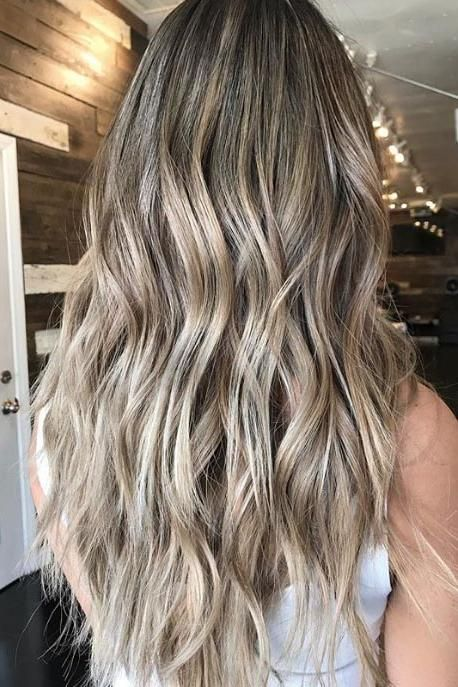 11 Flattering Blonde Hair Colors If Your Skin Is Cool Toned Cool Blonde Hair Blonde Hair Color Blonde Hair For Cool Skin Tones
