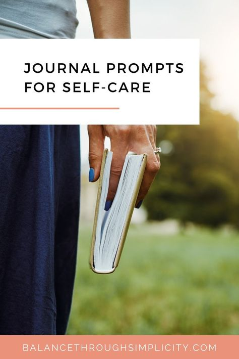 If you like to journal and get your thoughts down on paper then try these journal prompts for self-care. Identify what makes you feel good and find ways to include these things into your daily life! #selfcare #journal #journaling