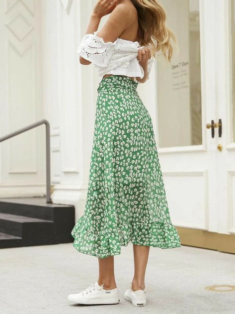 Cute Skirt Outfits, Cute Skirts, Wrap Skirts, Floral Skirt Outfits, Long Floral Skirts, Midi Wrap Skirt, Beach Outfits, Long Maxi Skirts, Women's Skirts