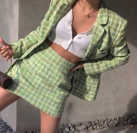 Aesthetic Fashion, Look Fashion, Aesthetic Clothes, 90s Fashion, Aesthetic Outfit, Korean Fashion, High Fashion, Mint Aesthetic, Fashion Women
