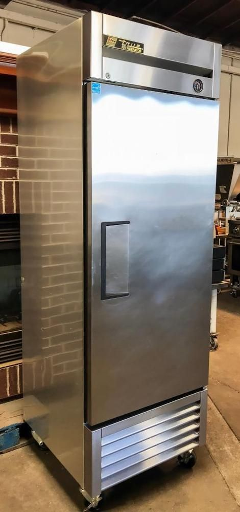 True T 23 One Solid Swing Door Reach In Refrigerator Guaranteed Outstanding Condition 30 Day Warran Refrigerator Sale Glass Door Refrigerator Refrigerator
