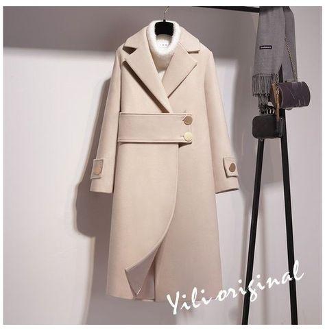 Winter Fashion Outfits, Hijab Fashion, Iranian Women Fashion, Winter Coats Women, Mode Vintage, Mode Inspiration, Ideias Fashion, Clothes For Women, Fashion Design