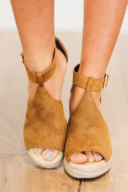 Robyn Espadrille Wedge CLEARANCE