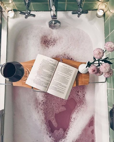 12 Essentials For A Perfect And Relaxing Bath bath time