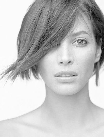 Christy Turlington - The Most Iconic Vintage Short Hairstyles - Photos