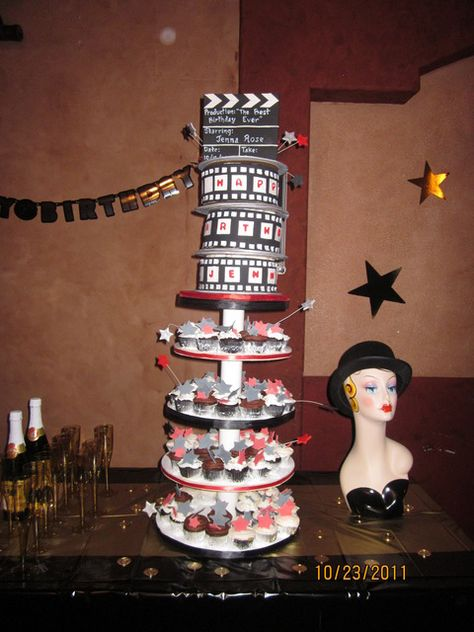 """Photo 2 of 12: Red, red carpet, Hollywood, Golden Statue / Birthday """"Jenna turns 9"""" 