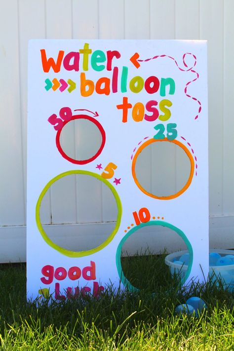 Water balloon toss-fun summer game - A girl and a glue gun, This post may contain affiliate links. This is a fun game I whipped up for a little party! Kid's love water balloons…but if you don't give them some. Backyard Games Kids, Water Games For Kids, Summer Activities For Kids, Summer Kids, Family Activities, Balloon Games For Kids, Water Balloon Games, Backyard Camping, Water Gun Games