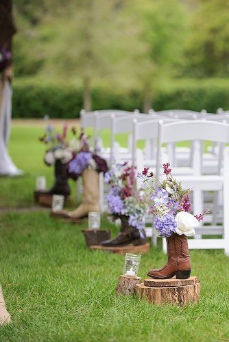 Best Rustic Country Wedding Ideas In 2019 ★ country wedding ideas rustic aisle decor with boots wedding inspiration Best Rustic Country Wedding Ideas In 2020 Country Wedding Colors, Country Wedding Centerpieces, Country Wedding Photos, Vintage Country Weddings, Country Wedding Cakes, Country Wedding Invitations, Country Wedding Dresses, Wedding Rustic, Country Themed Weddings