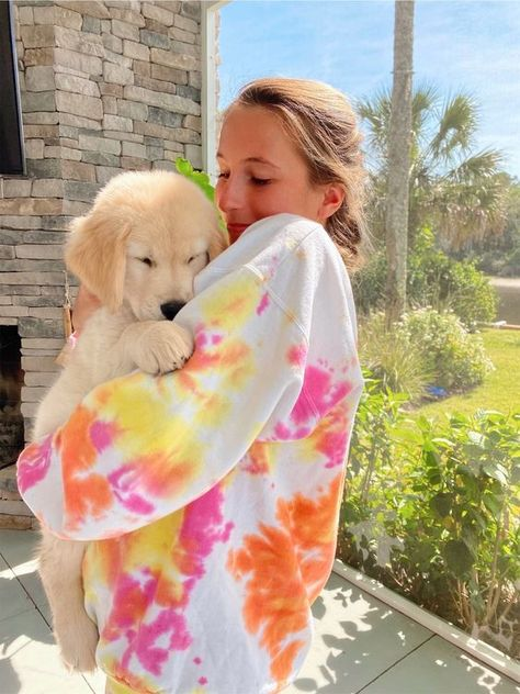Dog And Puppies Small .Dog And Puppies Small Surfergirl Style, Tie Dye Outfits, Tie Dye Clothes, Preppy Outfits, Summer Outfits, Photo Chat, Cute Dogs And Puppies, Doggies, Cute Baby Animals