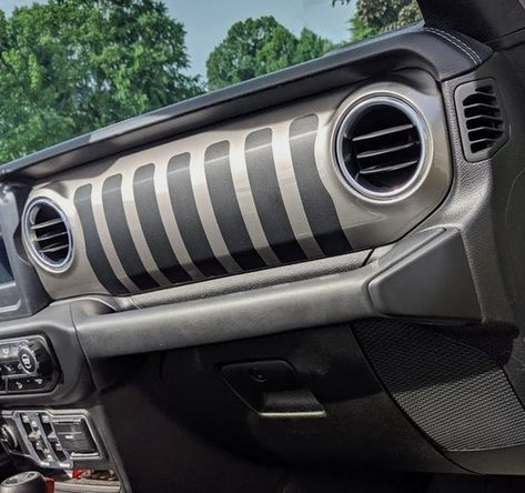 A Custom Oracle Vector Led Grille For Jeep Wrangler Jl Jeep Wrangler Wrangler Jl Jeep