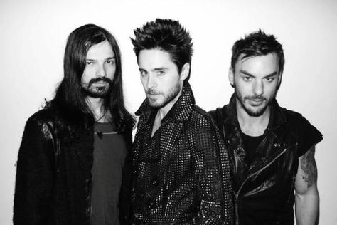 30 Seconds To Mars release CONQUISTADOR lyric video - #AltSounds