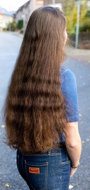 Pin By حازم سيد On Super Long Hair Long Hair Forum Beautiful Long Hair Long Hair Styles