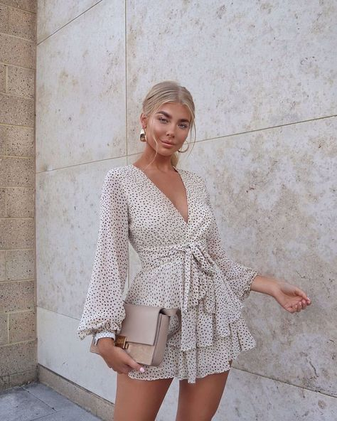 Spotted👀Babe@jesshunt2 in our floaty Take Me To Paris Playsuit💕Shop this cutie in two colours, beige and pink, via the link in our bio! #hellomolly