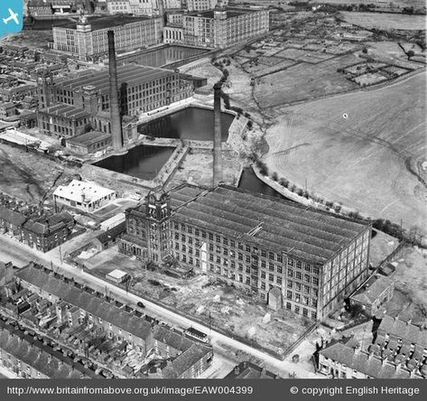 Fascinating Aerial Pictures Of Oldham From The Past Oldham Aerial Aerial View