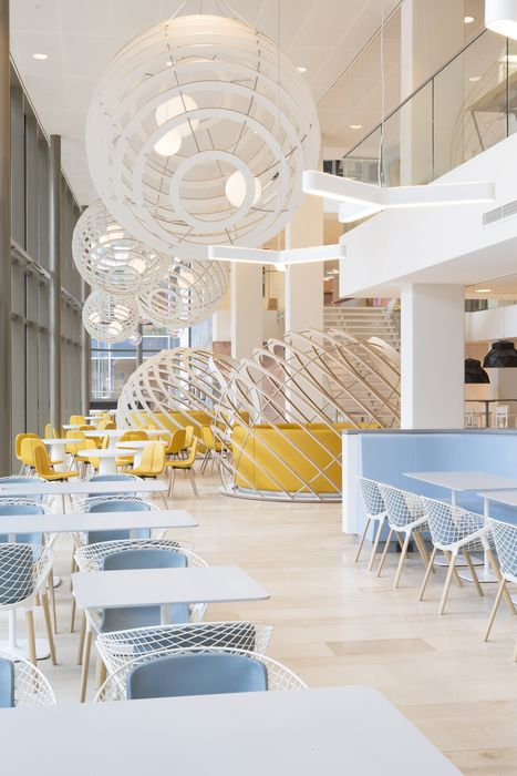 Heyligers design projects have designed the offices for power company nuon located in amsterdam the netherlands heyligers design projects have designed
