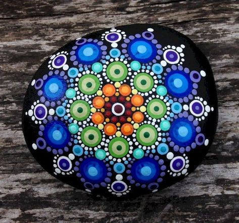 Painted rocks diy, Mandala painted rocks, Rock painting patterns, Stone art, Painted rocks, Stone painting - Are you looking out for a model new home decoration  One factor that isn't expensive and  -  #Paintedrocks #diy