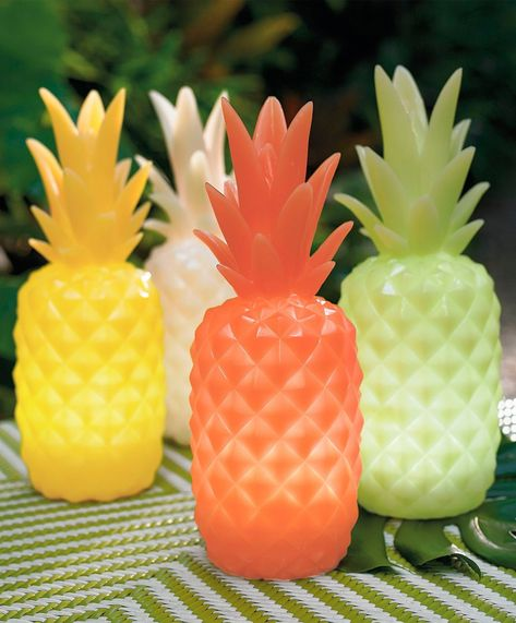 Welcome to one of our favorite all-weather accents of the season: the outdoor Pineapple Light. A fun, fast, and affordable way to show your hospitable charms to family and guests while adding a colorfully warm glow to the occasion. Directly modeled after one of Mother Nature's sweetest creations, light features a realistic silhouette crafted from weather-friendly polyresin. Inside, battery-powered LEDs bring it to life after the summer sun slips over the horizon.