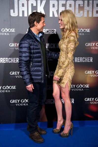 Rosamund Pike Photostream Rosamund Pike Actresses Tom Cruise