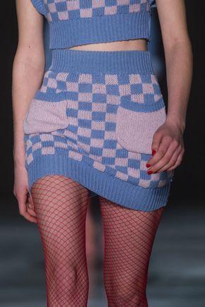 Daizy Shely at Milan Fashion Week Fall 2018 Daizy Shely at Milan Fall 2018 (Details) that knitwear 😫