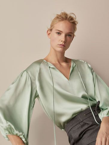 Fall Winter 2017 Women´s OVERSIZED SILK BLOUSE WITH TIED DETAIL at Massimo Dutti for 110. Effortless elegance!