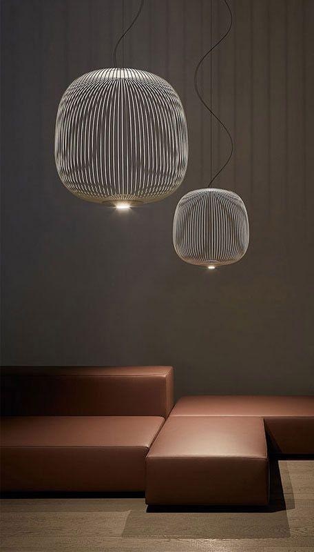 Foscarini Spokes 2 Large Mylight Led Das Projekt Fand Seine Inspiration In Den Speichen Eines Fahrradrades Pendelleuchte Lampen Wohnzimmer Lampen Treppenhaus
