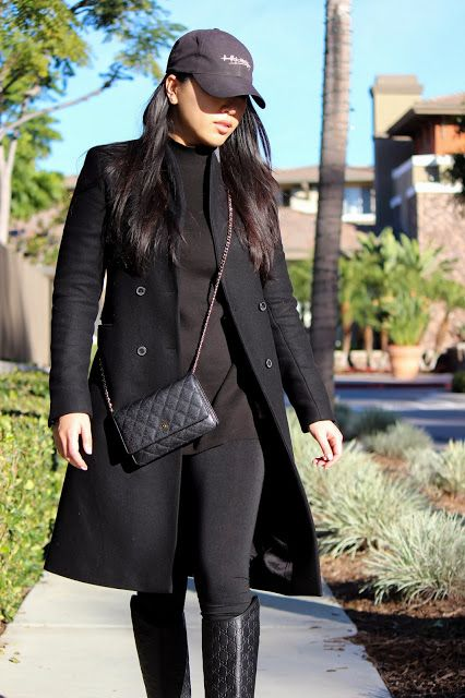 #NicolePham #lovegrabwear #streetstyle #fashionblogger #outfit #casual #allblack. Wearing #gucci riding boots, #tart leggings, #zara coat, #chanel #woc bag