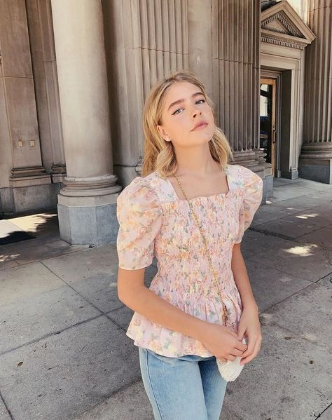dinner date outfits Cute Summer Outfits, Fall Winter Outfits, Trendy Outfits, Cute Outfits, Fashion Outfits, 70s Fashion, Marla Catherine, Sabrina Carpenter Style, Warm Weather Outfits