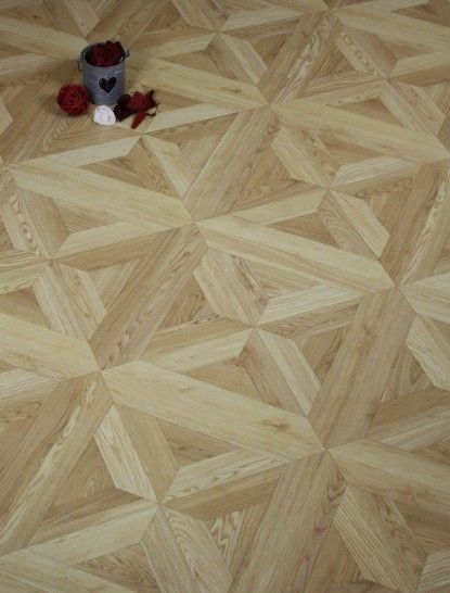 Sherlcok 12mm Parquet Elizabeth Oak Is A High Quality Registered And Embossed Laminate Floor That Looks Very Realistic Flooring Laminate Flooring Wood Floors