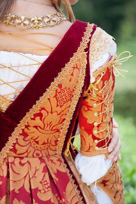 Italian Renaissance Costume made to order FREE por DressArtMystery