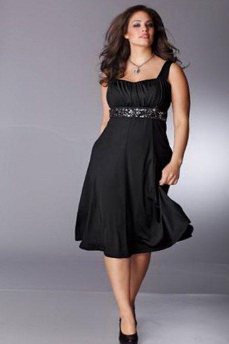 Das Festliche Kleid In Grossen Grossen Fur Stattliche Frauen Mit Sinn Zum Feiern Trend Damenmode Grossegrossen Kleider Modestil Schwarzes Kleid