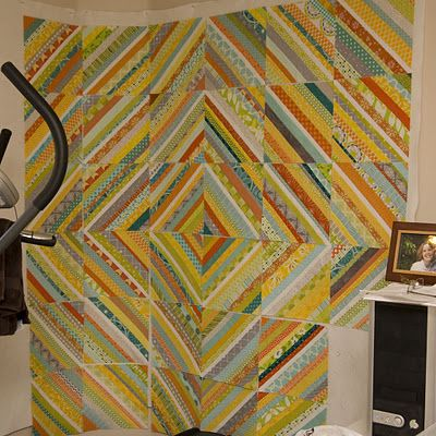 Yet another fabulous string quilt - love the colors