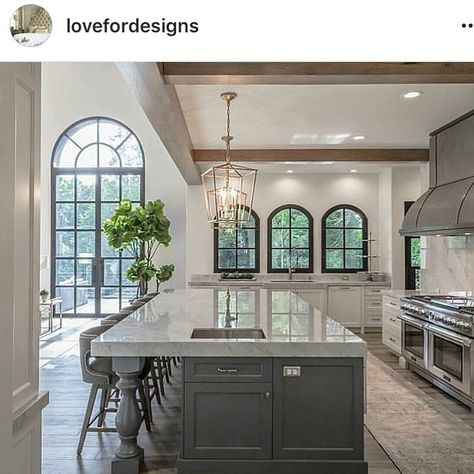 """HolladayHaven on Instagram: """"Thank you @lovefordesigns for the post 💕 it's fun to read the comments and have followers notice some of the slightest details that were…"""""""
