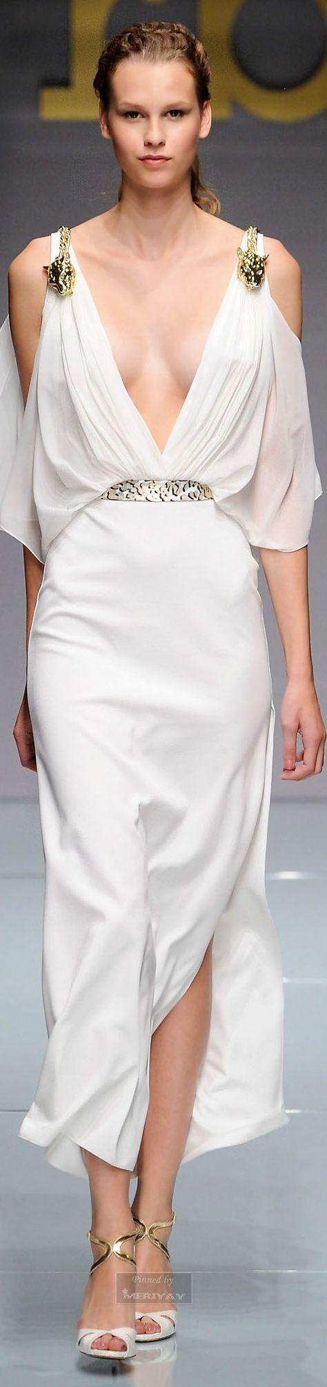 Glamour gowns / karen cox.  Roccobarocco - Spring Summer 2015.