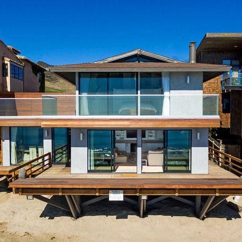 ArchShowcase - Stinson Beach House in California by WA design