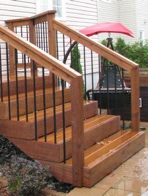 Rampe De Galerie En Bois Recherche Google Escaliers De Patio Escalier Exterieur Patio Exterieur