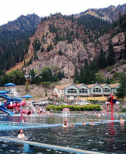 OURAY, CO Baños termales. OURAY, COLORADO It was winter….it was snowing and this hot springs pool sits on the outskirts of town…steam was rising up, up, up and we knew we had to spend some time here.