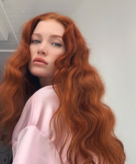 Natural Red Hair Styles Short Ideas For 2020 Natural Red Hair, Long Red Hair, Girls With Red Hair, Wavy Hair, Dyed Hair, Natural Hair Styles, Ginger Hair Dyed, Ginger Hair Girl, People With Red Hair