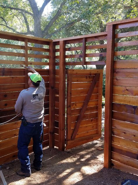 Staining 8 Foot Tall Custom Horizontal Fence With Slats On Top With Images Wood Fence Design Fence Design Horizontal Fence
