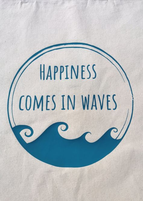 For sea lovers and thalassophiles, the ocean is the best place in the world. Whether you surf, swim, snorkel, body board, paddle board, dive or just splash around in the surf, happiness really does come in waves! Perfect for wave chasers all over the world, you can show your love of our oceans with your Happiness Comes in Waves tote whilst you head to the beach or grab some shopping. All totes are made from 100% organic natural cotton and have long straps for easy carrying on your shoulder. 38cm