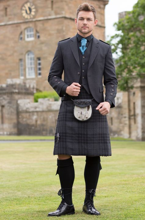 Kilt in Grey Spirit tartan with Grey Tweed Argyll Jacket