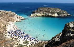 Spiaggia Dei Conigli Lampedusa Sicile Recherche Google Outdoor Coastline Water