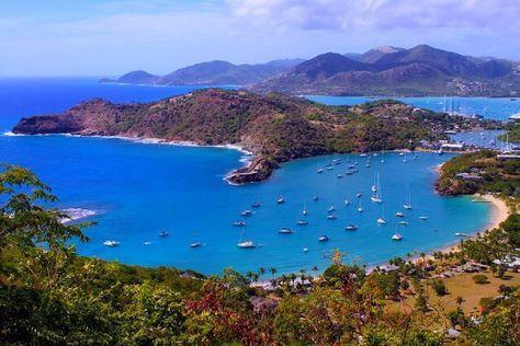 #Location #Voilier #Guadeloupe. Bénéficier de plusieurs monocoques et catamarans (de marques reconnues). Une flotte importante de modèles de marques reconnues.  http://www.alternative-sailing.com/location-voilier-guadeloupe.html