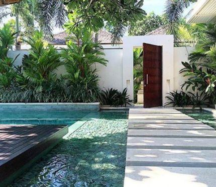 53 Minimalist Small Pool Design With Beautiful Garden Inside Roundecor Pool Landscape Design Small Pool Design Villa Design