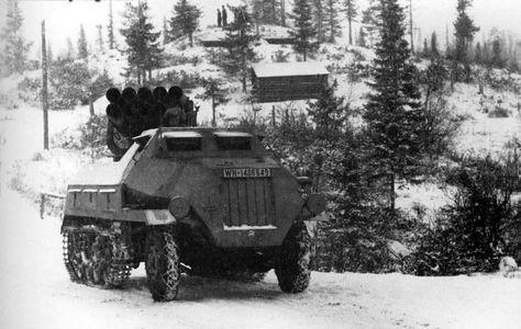 """Munitionkraftwagen für Nebelwerfer Sd.Kfz. 4. 15cm Panzerwerfer 42 auf Selbstfahrlafette Sd.Kfz. 4/1 """" Maultier """""""
