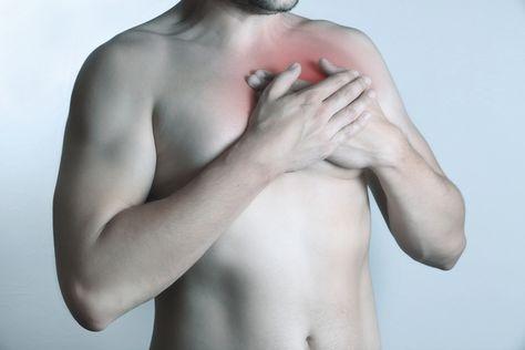 Dor braço no dor peito e no
