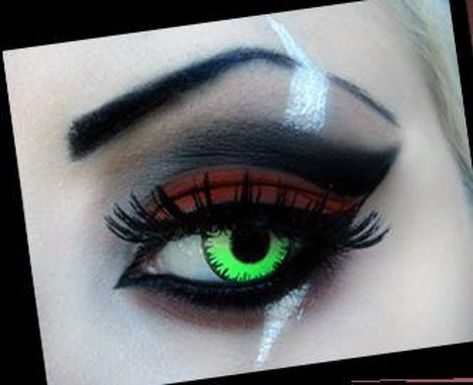 20 Examples of Disney Makeup Art That Are Simply Magical