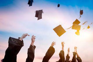 صور تخرج 2021 رمزيات مبروك التخرج Public Relations Business School Public Relations Major